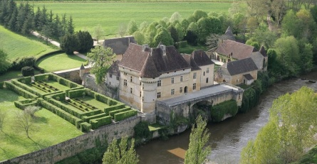 PHOTO AERIENNE DU CHATEAU DE LOSSE