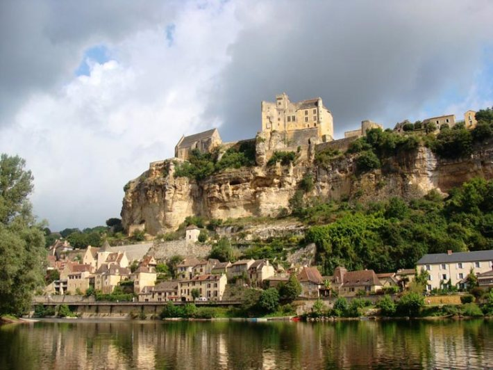 chateau-beynac-dordogne